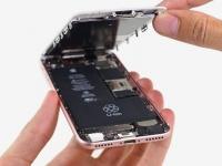 Замена аккумулятора Айфон 8