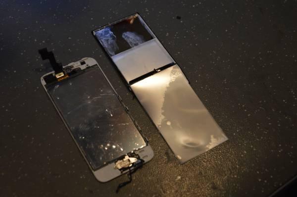 Замена модуля подсветки iPhone 5s